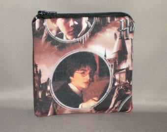 Harry Potter - Coin Purse - Gift Card Holder - Card Case -Small Padded Zippered Pouch - Mini Wallet - Hogwarts