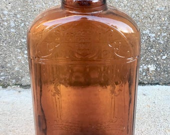 Vintage One Pint W Bottle