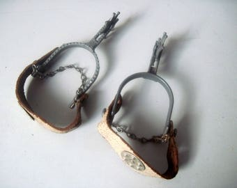 Vintage Pair of Childs Cowboy Western toy Spurs