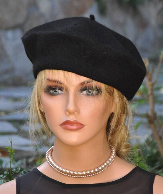 Black Beret, French Beret, Gifts under 15 dollars. Black Winter Hat, Black Tam, Wool Felt Hat, Casual Hat, Beret