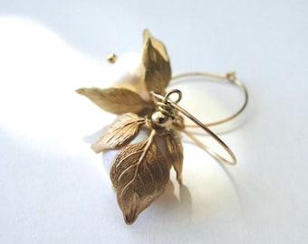 Jewelry / Freshwater Pearl Earrings / Vintage Bead Caps / Drop Peal Earrings / 14k Gold Filled Hoops / Pearls / Textured Flower Earrings