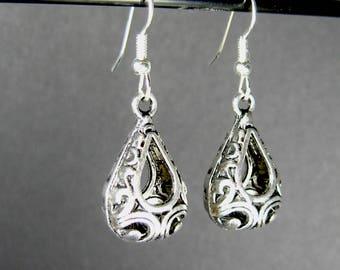 Silver teardrop dangle earrings, surgical steel earrings, silver drop earrings, nickel free earrings, boho earrings dangle, ladies gift