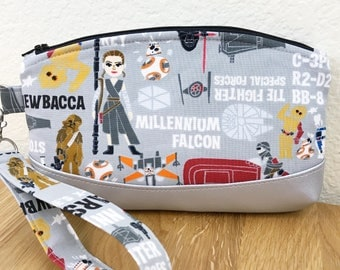 Wristlet - Sci Fi Movie Fandom Small Bag Clutch