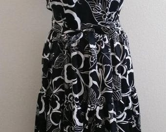 "Clear Out Sale Vintage Hawaiian Dress by Kimo's Polynesian Shop, Black and White Print, Tiered, Belted, Rockabilly Hawaiian, Size 34""  Bust,"