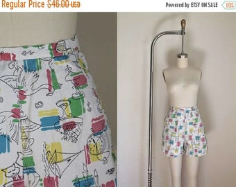 20% off SALE vintage 1950s shorts - SUNDAY FUNDAY novelty print high waist pants / S