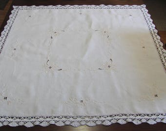 Vintage Embroidered Open Cut Work Floral Lace Trim Square Tablecloth