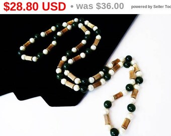 Jade and Pearl Necklace - Green Jade Beads - Pearlescent White Beads - Beaded Opera Length Pull Over - Asian Inspired 1970's 1980's Vintage