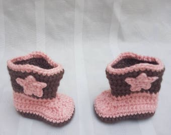 Crocheted Girl Baby Newborn Cowboy Boots Brown and Pink Photo Prop Baby Shower Gift