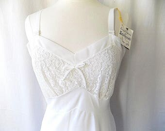 1950s Aristocraft Full Slip 34 NOS, Giftable, Collectible, lWGU-AFL-CIO Union Made Lingerie for Serene Highness