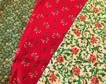 Christmas Fabric Lot of 3 prints Bows Holly Poinsettia