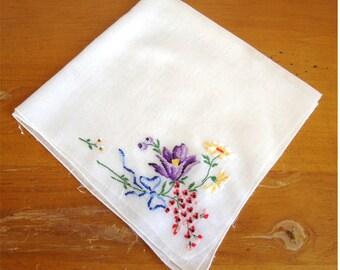Vintage Embroidered Petit Point Flower Hanky Handkerchief Beautiful!