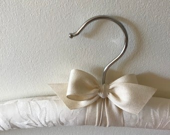 Bridal Hanger, Wedding Hanger, Off White Brides Padded Hanger, Soft White Brides Wedding Hanger, Bridal Hanger, Covered Wedding Hanger