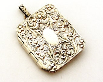 Continental 800 silver art nouveau style book locket