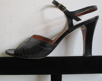 Black 70s Snake Skin Sandals Vintage 70s Leather High Heel Open Toe Shoes 1970s Womens Footwear 7.5A