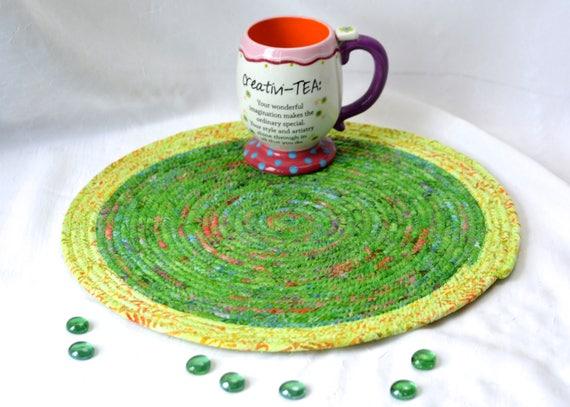 """Green Place Mat, Handmade Batik Hot Pad, 14"""" Modern Cotton Trivet, Gorgeous Batik Fabric Placemat, Summer Green Decor"""