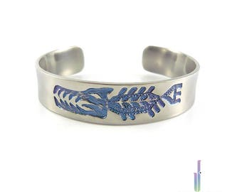 Titanium men's durable handmade bracelet - Predatory fish