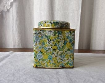 Vintage Kitchen Tin by Daher Petite Chintz Pattern Tin Green White and Yellow Gold Sculptured Tin Made in England Vintage 1970s