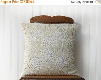 1 Crochet Pillow cover ,18x18 Cushion cover in French antique linen and crocheted blanket ,creamy white and Ivory, 2 available