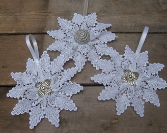 White Lace Snowflake Christmas Ornament, U-Pick Center, Winter Snowflake, Tree Ornament, Holiday White Ornament