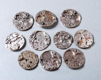 Lot of 10 Vintage watch movement, watch parts. (n1)