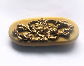 Floral filigree medallian Flexible silicone mold- fondant, wax, clay, resin, sweets, Chocolate and more