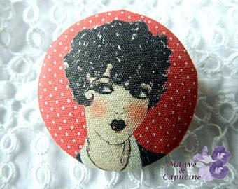 Fabric button, retro woman, 1.57 in / 40 mm