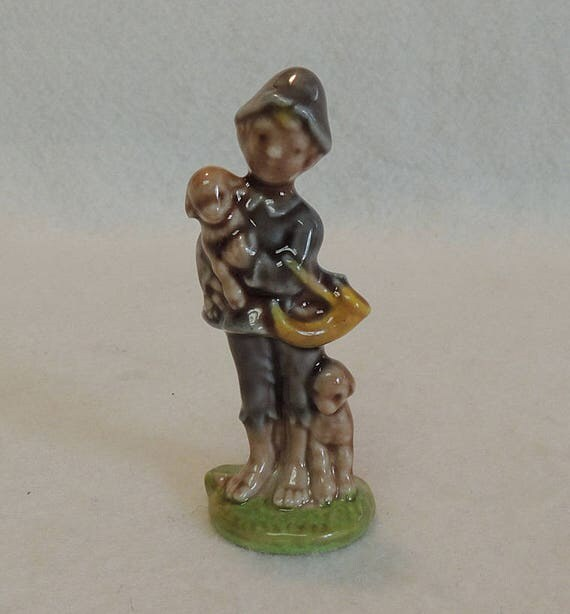 "Vintage 1960s-70s Wade 3"" Figurine.. Little Boy Blue.. Nursery Favorites Collection"