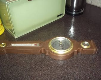 Vintage Springfield Banjo Weather Station Barometer, Temperature, Humidity in good working condition = made in USA!