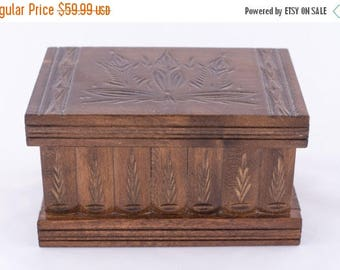 Transylvania's Intelligence Magic Puzzle Wooden Secret Box Compartment Simple Brown