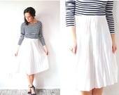 40% OFF CHRISTMAS in JULY Vintage classic 1950's full skirt // modest skirt // oatmeal cream skirt // accordion pleat skirt // medium summer