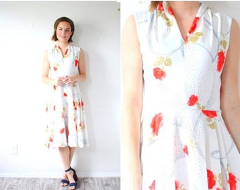 20% OFF JULY 4th SALE Vintage white red floral 1950s dress // floral rose poppy dress // 1960's classic full skirt retro dress // modest sle