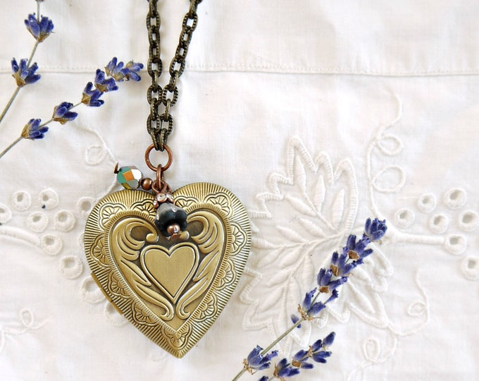 Antique bronze heart photo locket necklace with black and green glass charms, vintage style large brass foto locket necklace