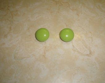 vintage clip on earrings lime green lucite circles