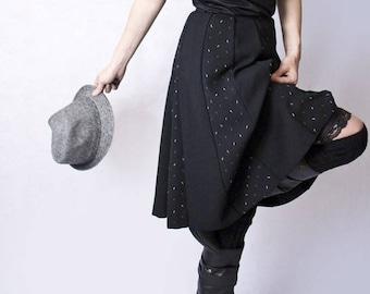 Vintage Black High Waist Knee Length Panel Skirt, UK 8, US 4-6