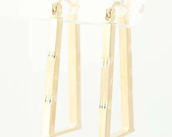 Geometric Hoop Earrings - 14k Yellow Gold Snap Bar Pierced U0213
