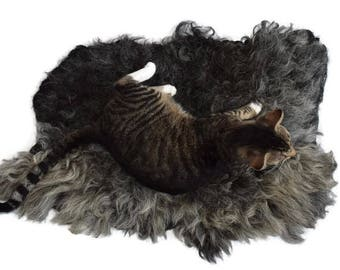 Cruelty Free, Navajo Churro, Cat Bed, Pet Bed, Dog Bed, Hand Felted, Wool Fleece Rug,Humane Sheepskin, Leather Free, Natural, Eco Friendly