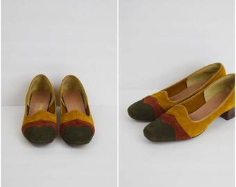 Summer Sale Vintage retro fall colors suede shoes / American Girls Vagamocs pumps