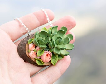 Green Flowers Succulent Necklace Pendant Wooden Basis Medallion Pendant Jewelry Succulent wedding birthday gifts