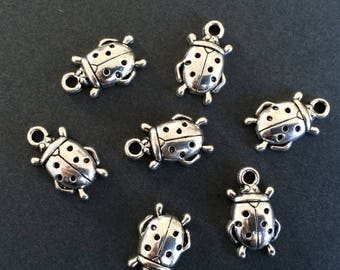 ON SALE 6 Antiqued Silver Ladybug Charms Cute Insect Pendants Charm Bracelet Jewelry Making Charms 17x11mmx4mm