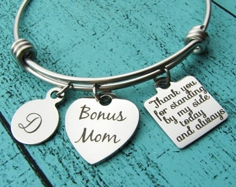 stepmom wedding gift, stepmom bracelet Bonus Mom, stepmother of the bride gift, stepmom of the groom, foster mom thank you gift second mom
