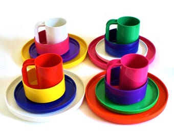 Heller Dishes Massimo Vignelli Melamine Dinner Plates, Luncheon Plates, Cereal Bowls, Mugs (sold separately)