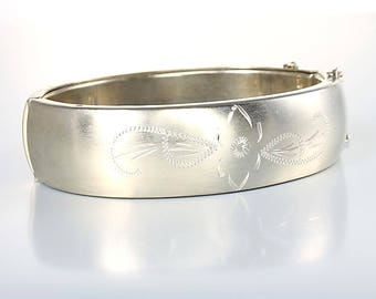 Brushed silver Bangle, Oval Hinged Bracelet, Victorian revival Etched Flowers 6.75 inch