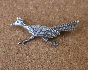 Roadrunner Brooch / Small Sterling Jewelry / Vintage Southwest Bird Pin
