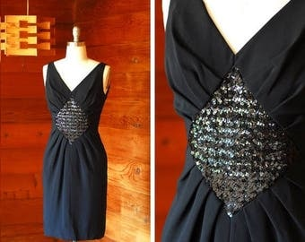 20% off weekend sale / vintage 1950s black sequin wiggle dress / size small