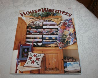 Large Soft Cover Book, House Warmers, by Lynda Milligan & Nancy Smith, 1998, Quilting, Quilt, Sew, Sewing