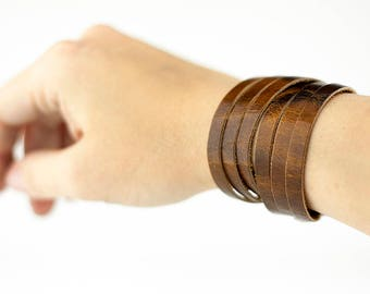 Leather Bracelet / Skinny Sliced Wrap Cuff / Natural Brown
