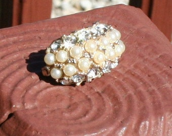 Brooch Pin Diamonds and Pearls 1940s