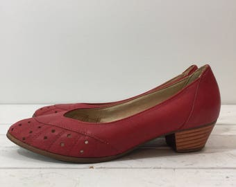 Vintage 70's Cherry Red Leather Chunky Heel Pumps 8 1/2