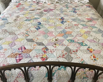 "Vintage Handstitched Star Quilt - Twin/Full or Queen Coverlet - 79"" x 72"""