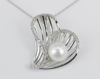 """14K White Gold Diamond and Pearl Heart Pendant Wedding Necklace with Chain 18"""""""